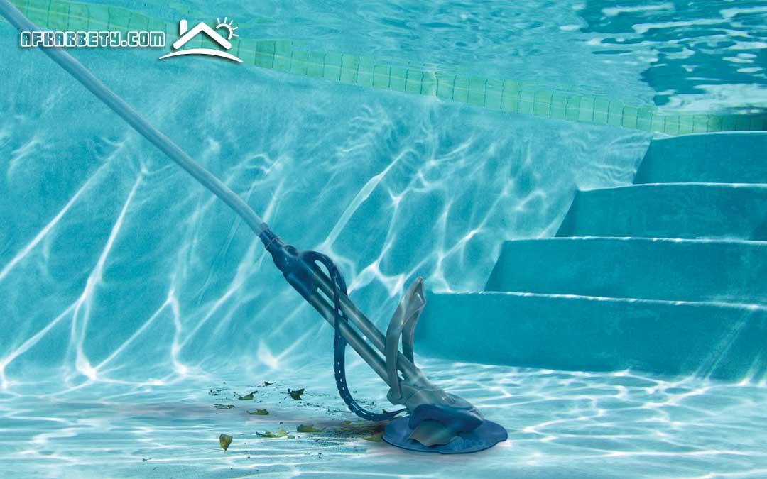 خطوات تنظيف حمامات السباحة