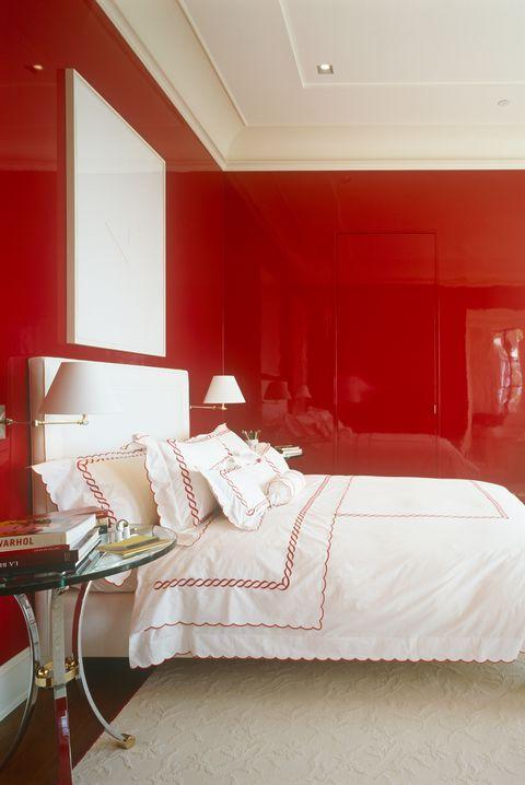 غرفة نوم احمر